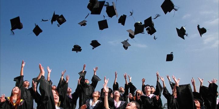 augstskolas izlaidums